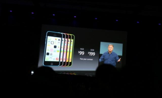V očeh dveh: Apple je predstavil iPhone 5S in iPhone 5C