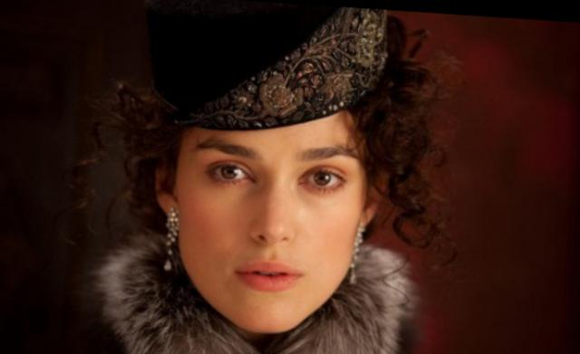 Kira Knightley in Jude Law v prikolici