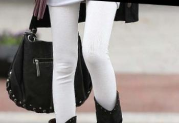 Leggings: out of fashion?